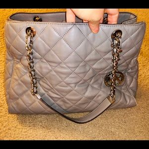 MICHAEL KORS Gray Savannah Quilted Leather Purse